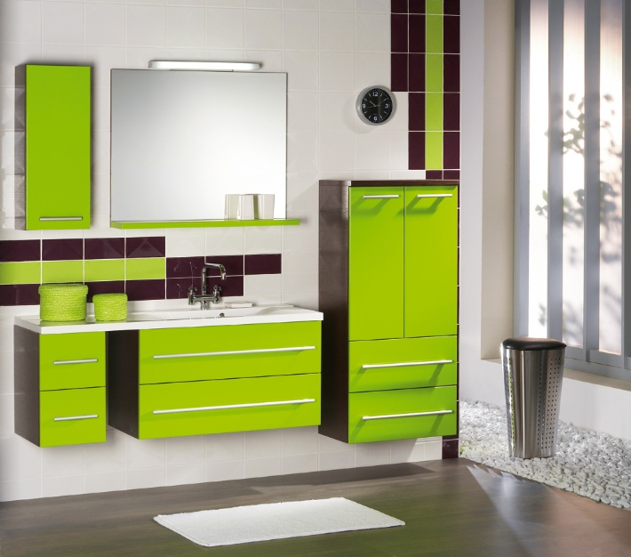 Bathroom Avon Le Green High Gloss
